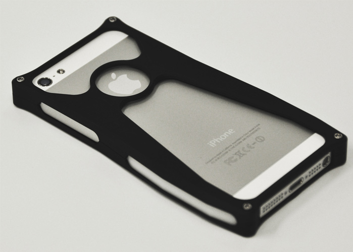 Aluminum iPhone5/5s case Jet Black and Pearl